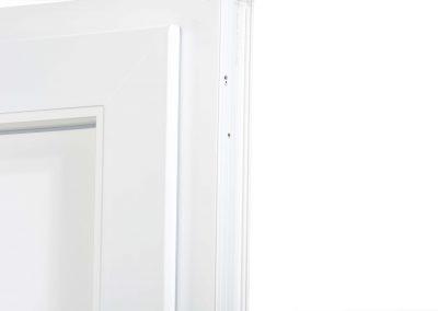 drzwi_GENEO_kryte_zawiasy