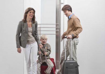 drzwi_GENEO_rodzina_podróż